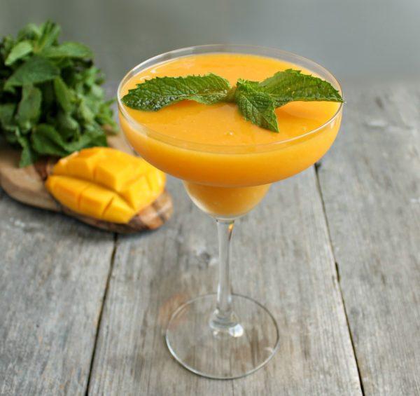 Mobile Frozen Cocktail Bar
